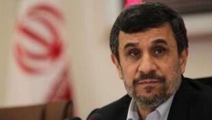 محمود احمدی نژاد-رئیس جمهوری اسلامی