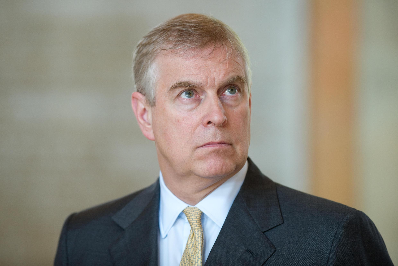 O príncipe Andrew é acusado de envolvimento no caso Epstein.