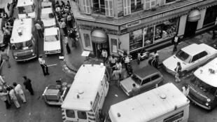 On 9 August, 1982, armed men attack a Jewish restaurant on the Rue des Rosiers in Paris, killing six people and injuring 22 others.