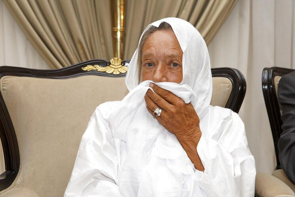 L'ex-otage française Sophie Pétronin au palais présidentiel de Bamako après sa libération le 8 octobre 2020.