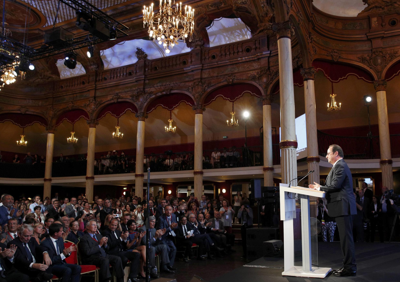 Discours du président français François Hollande salle Wagram, à Paris, le 8 septembre 2016.