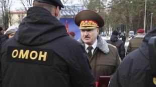 Александр Лукашенко на базе ОМОНа 30/12/2020