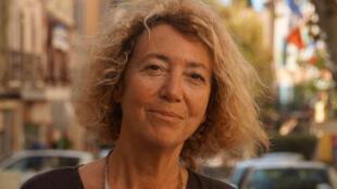 Portrait de la poétesse et romancière Jeanne Benameur.