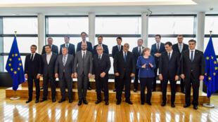 گردهمایی سران کشورهای عضو اتحادیه اروپا در بروکسل جهت دستیابی به راه حلی مشترک برای مسأله پناهجویان غیرقانونی. یکشنبه ٣ تیر/ ٢٤ ژوئن ٢٠۱٨