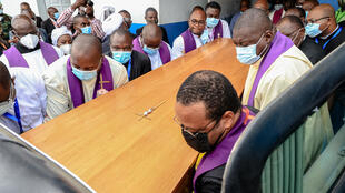 IMAGE Les obsèques du cardinal Tuma à Douala, Cameroun, le 20 avril 2021.