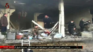 Место атаки в Хомсе 25 февраля 2017 - телеканал al-Ikhbariya al-Souriya.