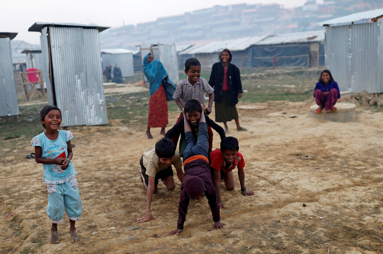 Người Rohingya tại trại tị nạn Balukhali, Bangladesh, ngày 12/01/2018.