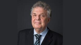 Bernard Cerquiglini.