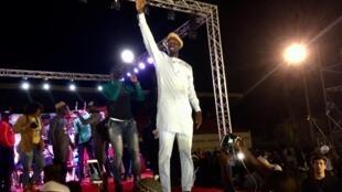 Arrivée triomphale d'Ousmane Sonko au stade de Pikine.