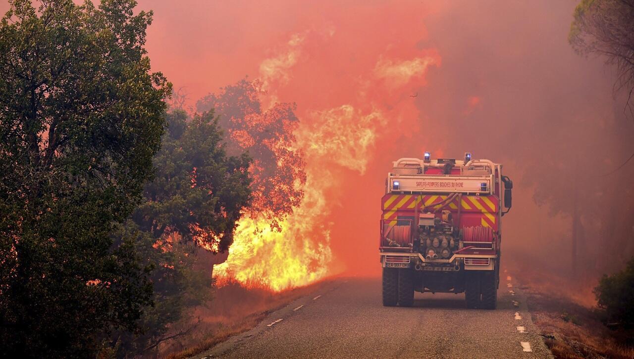 PHOTO Incendies PACA - 18 août 2021