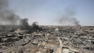 Após a sua libertação ontem, restam de Mossul cinzas e ruínas.