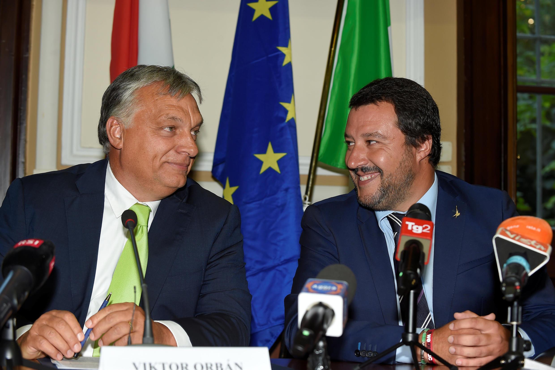Le Premier ministre hongrois Viktor Orbán et l'actuel homme fort de l'Italie, le ministre de l'Intérieur Matteo Salvini, le 28 août 2018 à Milan.