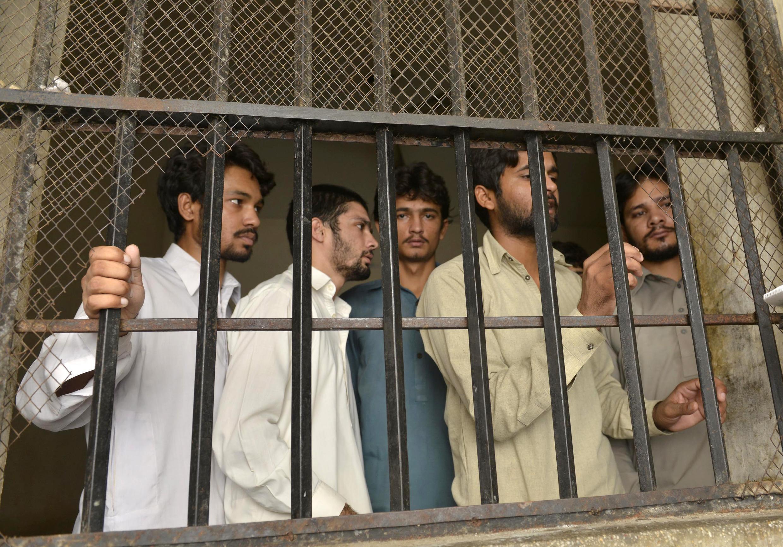 被懷疑拍攝對兒童性侵錄像的25個巴基斯坦嫌犯中的5人。