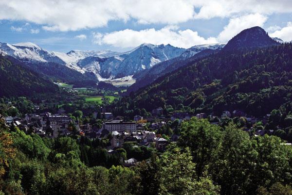 法國奧弗涅大區多姆火山脈群申遺終於成功