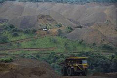La mine d'exploitation du Manganèse de la Comilog, une société du groupe Eramet à Moanda au Gabon.