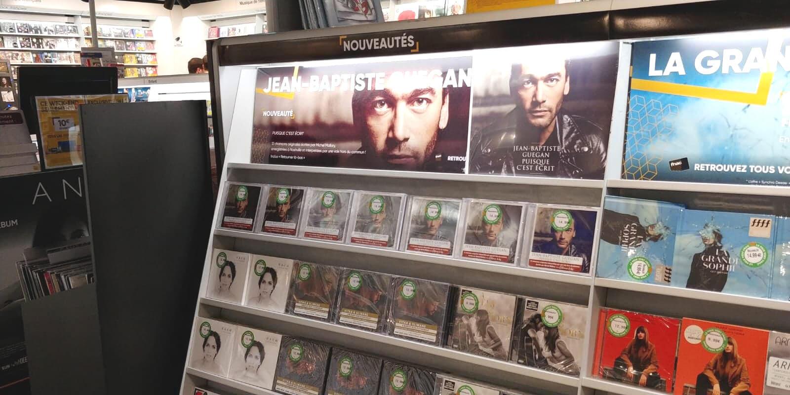 """Album đầu tay """"Puisque c'est écrit"""" của Jean Baptiste Guégan do Sony phát hành"""