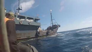 俄羅斯再扣朝鮮多艘漁船和幾百名漁民       2019年9月28日