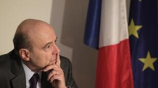 Alain Juppé continued his African tour Sunday