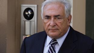 លោក Dominique Strauss-Kahn អតីតអគ្គនាយកមូលនិធិរូបិយវត្ថុអន្តរជាតិ