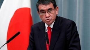日本防卫大臣河野太郎资料图片