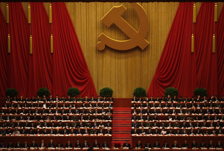 Au Palais du peuple, à Pékin, pas une tête ne dépasse pour l'ouverture du 18e Congrès du PCC, le 8 novembre 2012.