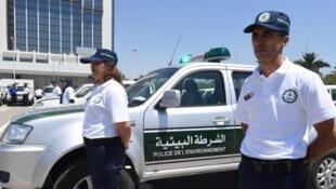 La police de l'environnement tunisienne ne commencera à verbaliser que dans un mois, le temps de sensibiliser la population.