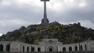 El Valle de los Caídos, donde están enterrados tanto franquistas como republicanos.