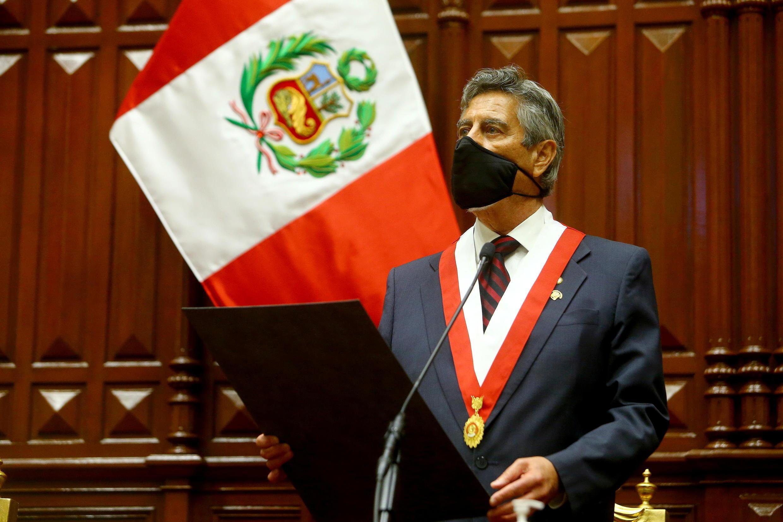 2020-11-17T231214Z_554625525_RC2B5K9WDW0L_RTRMADP_3_PERU-POLITICS