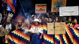 Manifestation lors du sommet de la COP25 qui se déroule à Madrid avec la présence de peuples indigènes, le 6 décembre 2019