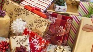 En la noche de Navidad, ya se encuentran regalos a la venta en internet.