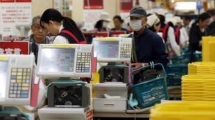 Segundo OMC, comércio mundial crescerá 4,7% em 2014.