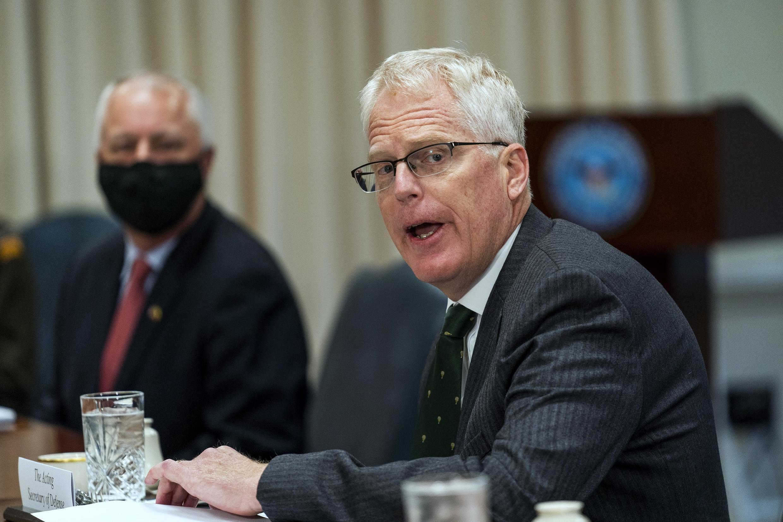 Waziri wa Ulinzi wa Marekani Christopher Miller, akiwa Pentagon mnamo Novemba 13, 2020.