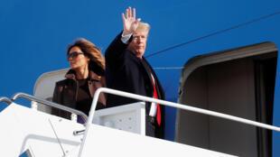 美國總統特朗普與夫人周四登機前往阿根廷出席G20峰會