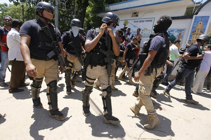 پلیس بنگلادش-تصویر تزئینی