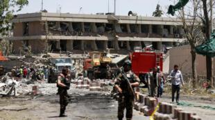 L'ambassade d'Allemagne a subi de nombreux dégâts après l'attentat perpétré à Kaboul, le 31 mai 2017.