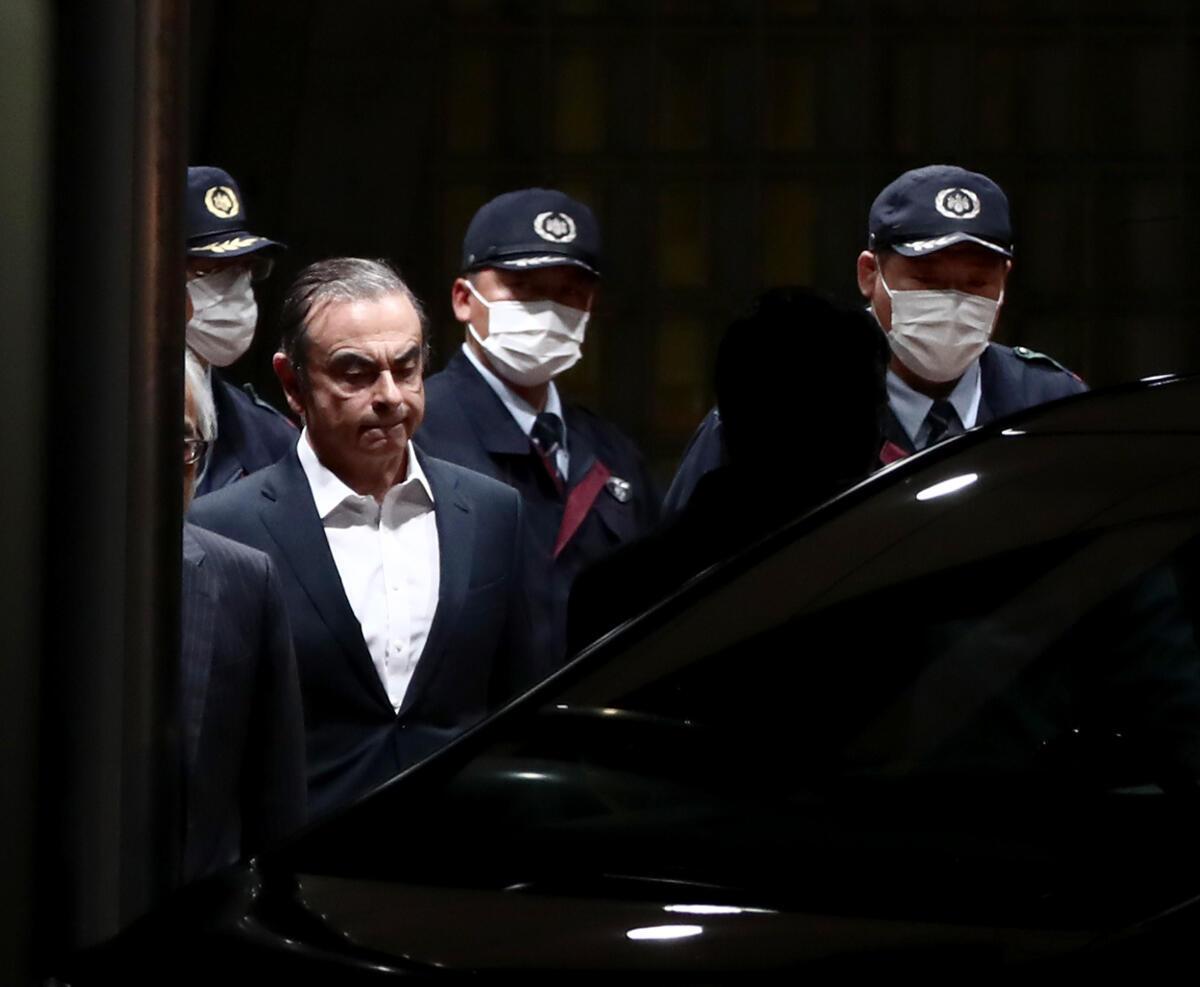 В головном офисе Renault в Булонь-Бийанкуре под Парижем прошли обыски по делу Карлоса Гона