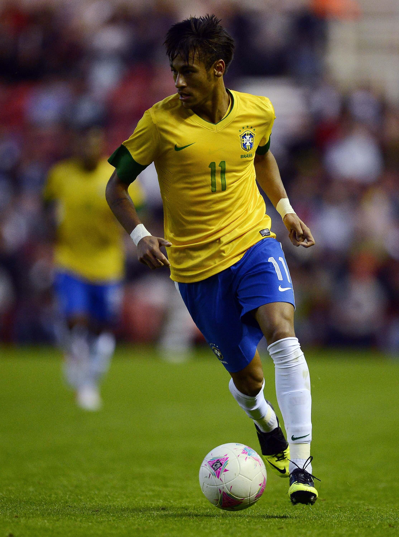 O atacante Neymar durante amistoso do dia 20 de julho contra a Inglaterra, em Londres.