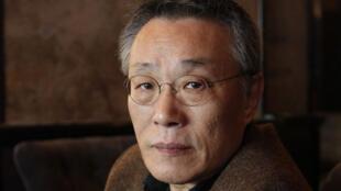 L'écrivain sud-coréen Hwang Sok-yong.