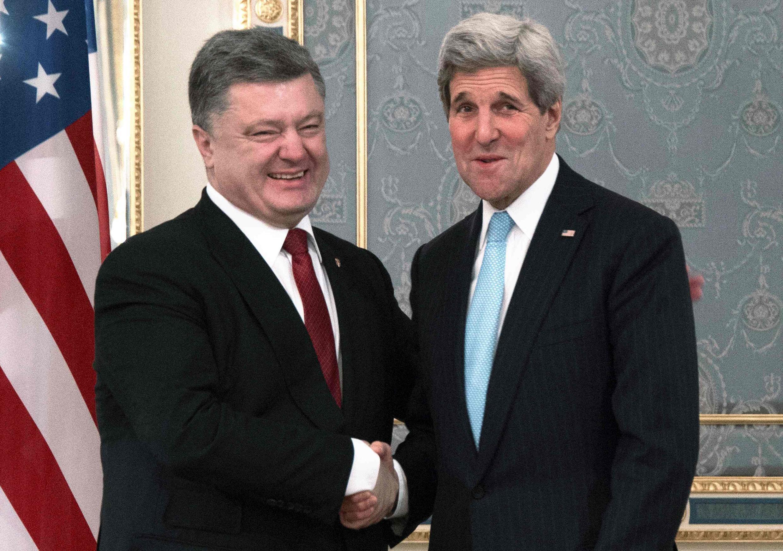 O secretário de Estado norte-americano, John Kerry, se encontra hoje com membros do governo da Ucrânia.