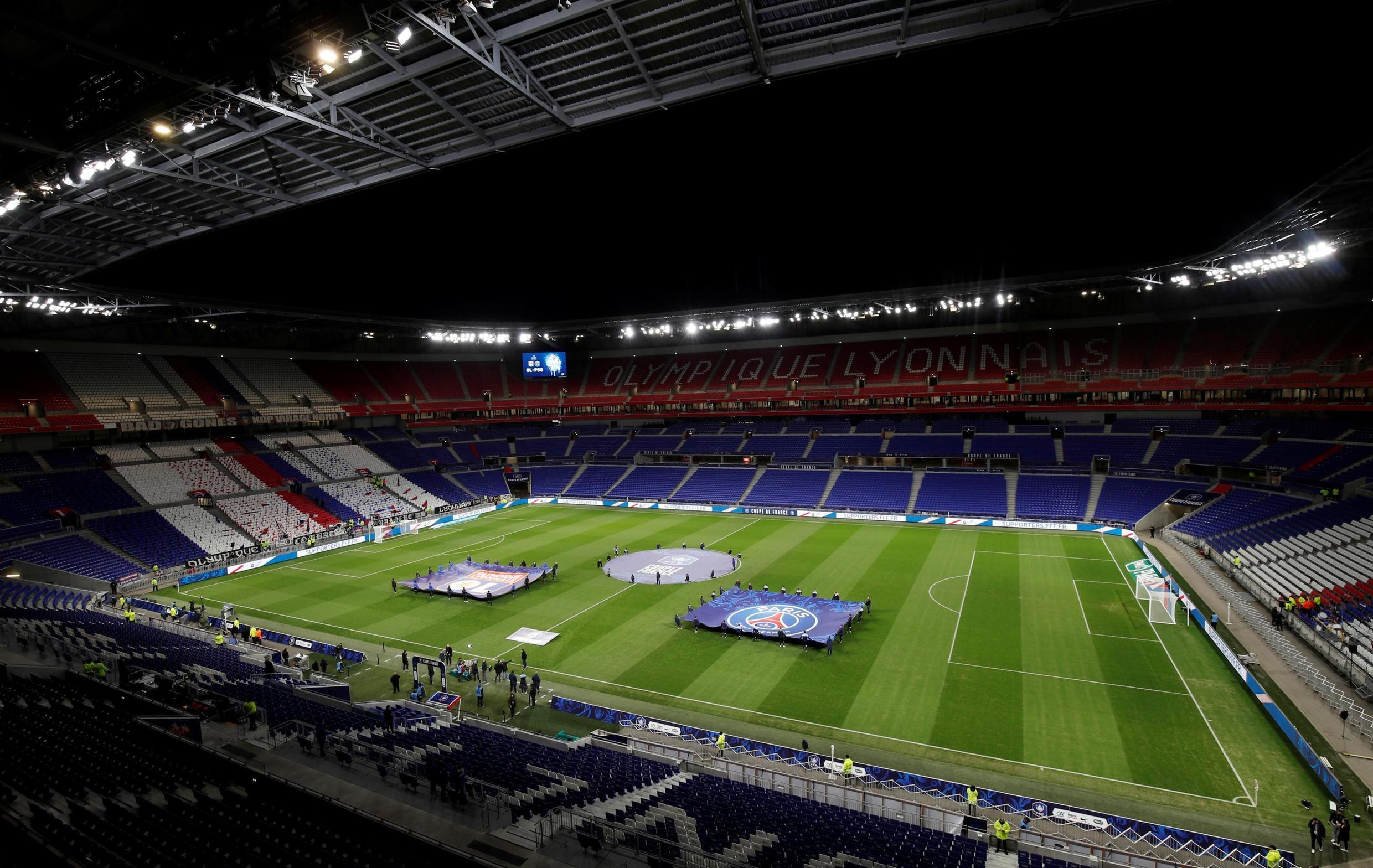 France's top two divisions will be playing to empty stadiums until at least 15 April.