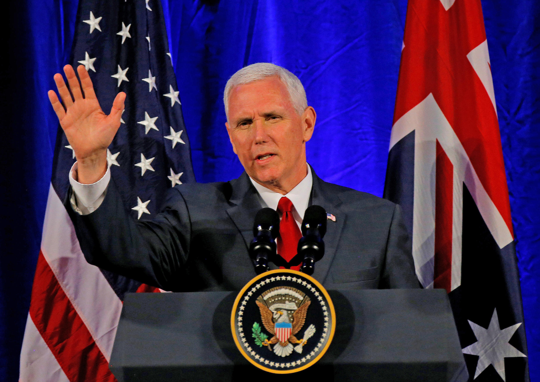 مایک پنس، معاون رئیس جمهوری آمریکا در سفر به استرالیا. سیدنی - شنبه  ۲ اردیبهشت/ ۲۲ آوریل ٢٠۱٧
