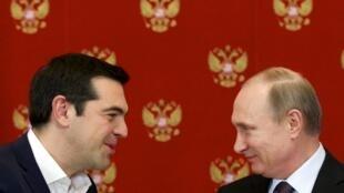 Alexis Tsipras et Vladimir Poutine, au Kremlin, le 8 avril 2015.