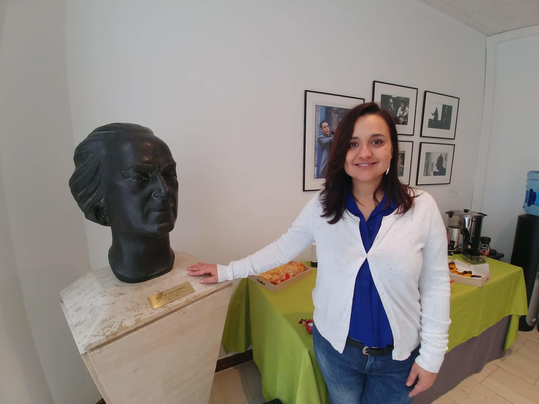 Sabrina Camargo vive na França há 17 anos e aprova o sistema de saúde