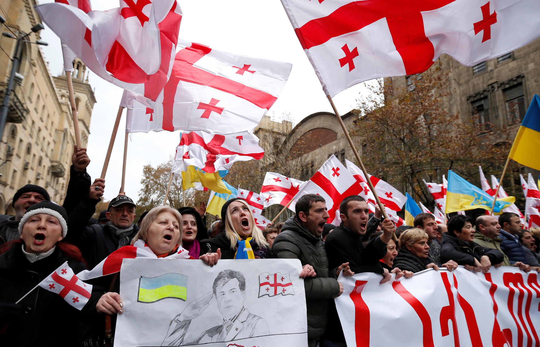 Акция в поддержку Михаила Саакашвили в центре Тбилиси, 6 декабря 2017.
