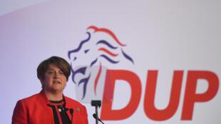 La leader du Parti unioniste démocrate d'Irlande du Nord (DUP), Arlene Foster, a annoncé sa démission le 28 avril dernier (image d'illustration)