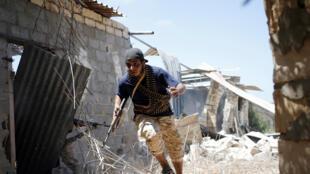 Combattant des forces pro-gouvernementales à Syrte, le 31 juillet 2016.