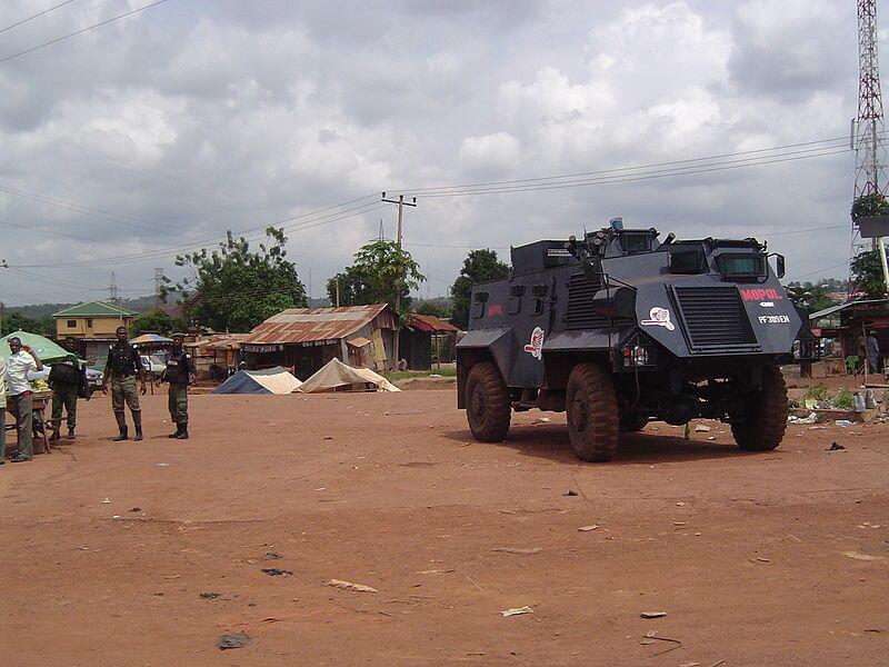 Véhicule des forces de l'ordre nigérianes.