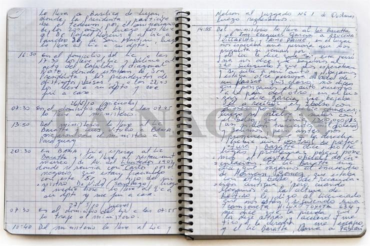 Uno de los cuadernos de Oscar Centeno.
