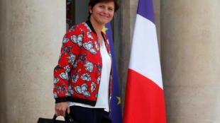 存檔圖片:游泳健將出身的法國女體育部長 Image d'archive: French Sports Minister Roxana Maracineanu at the Elysee Palace in Paris, France, September 5, 2018.