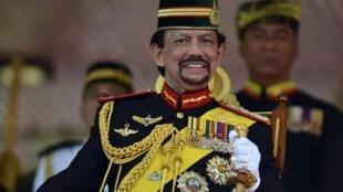 Quốc vương Brunei Hassan Bolkiah - REUTERS /Ahim Rani